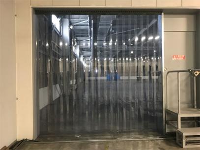 のれんカーテン式ビニールカーテンの倉庫設置例