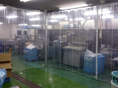 工場、倉庫の間仕切りビニールカーテン