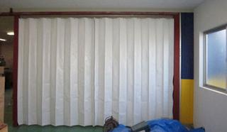 ターポリンジャバラビニールカーテン
